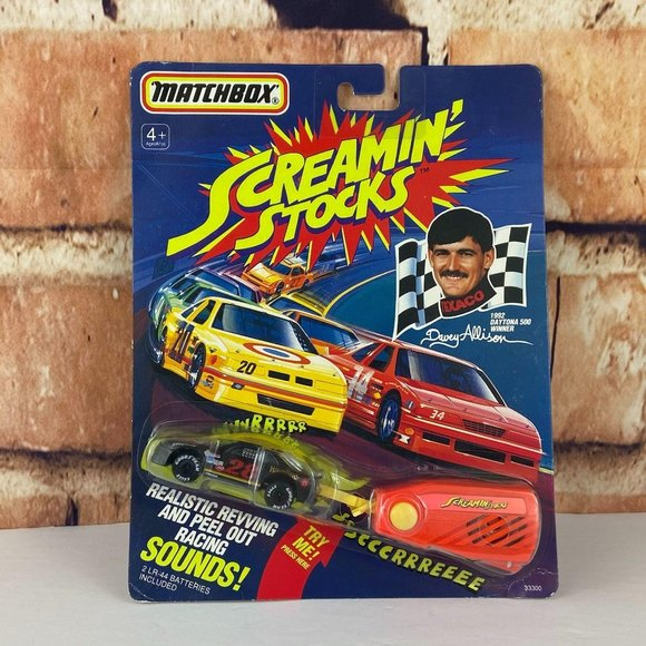"""Details about  /1991 Matchbox Screamin' Stocks Davey Allison #28 Stock Car with """"Sound Trailers"""""""